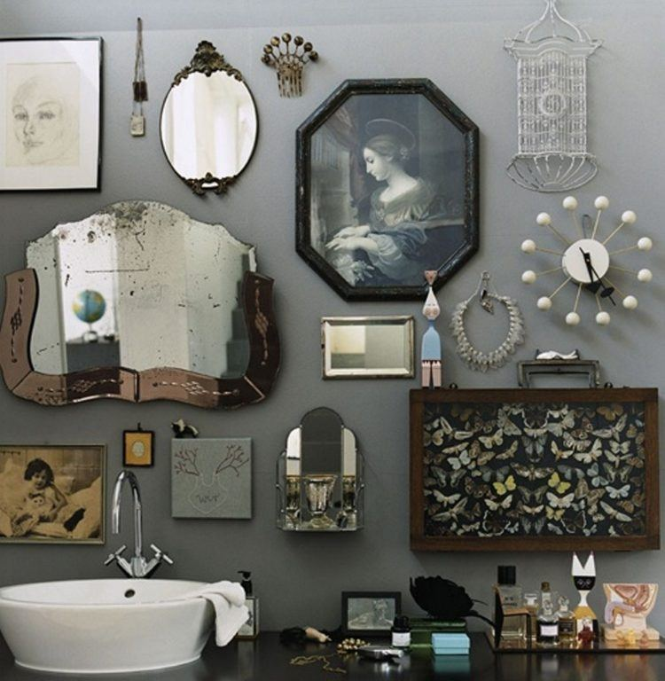 20 Wall Decorating Ideas For Your Bathroom - Housely